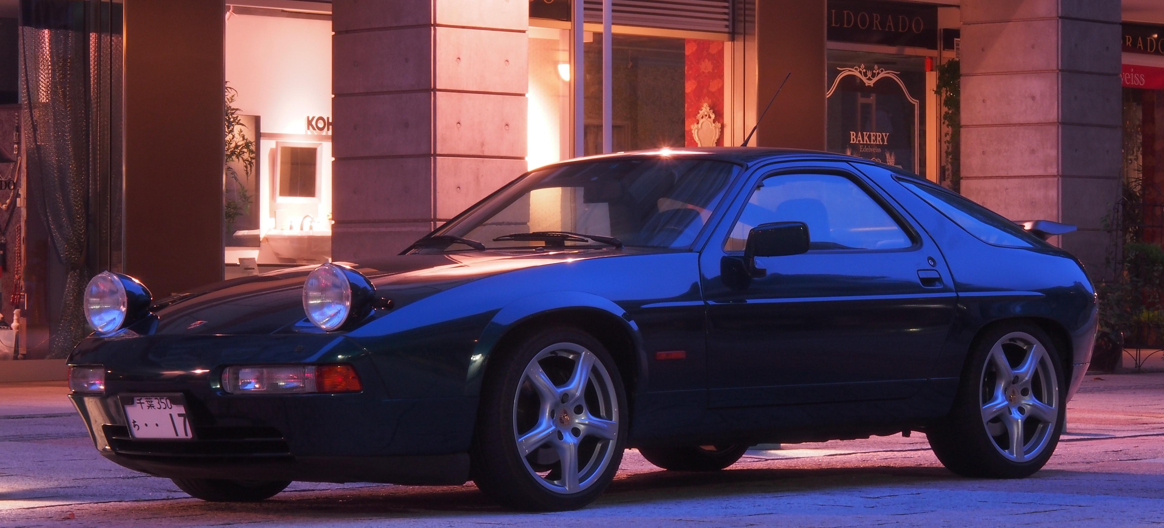 1991 PORSCHE 928GT  330ps
